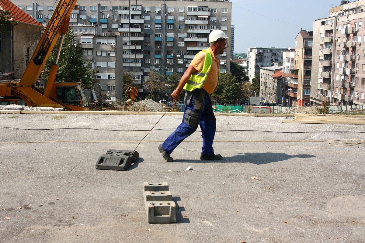 radnik na gradilištu