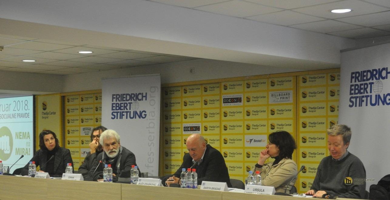 """Tribina """"Ako nema pravde, nema ni mira""""; Foto: Medija centar Beograd"""