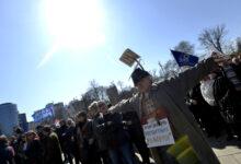 Cvijović prekinuo štrajk glađu, sindikat upozorava na problem zapošljavanja u školstvu