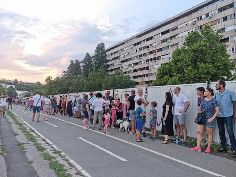 protest u bloku 37 na novom beogradu