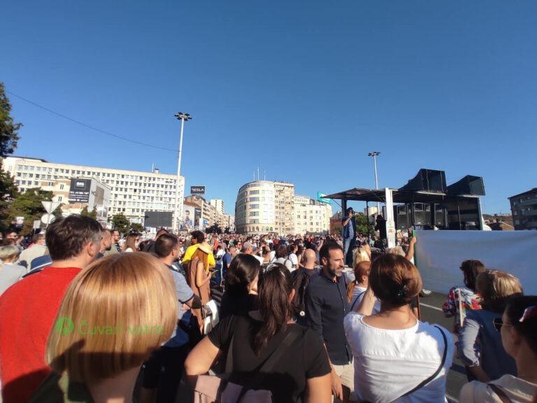 protest na Brankovom mostu