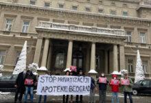 Privatizacija Apoteke Beograd bi dovela do ugrožavanja prava na zdravstvenu zaštitu, smatraju protivnici privatizacije