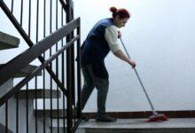Šta zakon o sezonskom radu donosi ženama koje obavljaju poslove čišćenja, spremanja i brige o deci i starima?