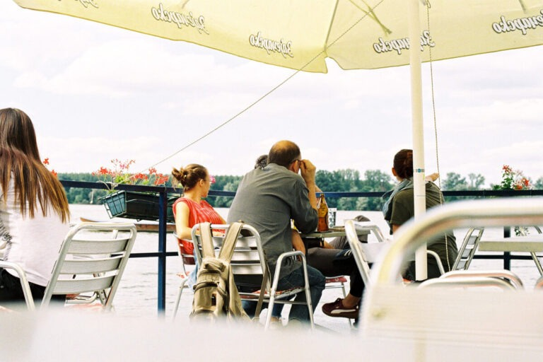 foto: marko miletić; kafić; zemun;