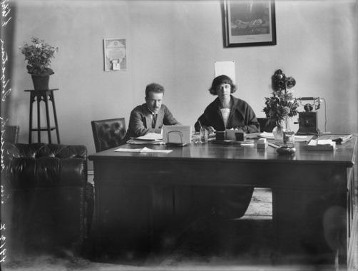 Aleksandra Kolontajn na mestu ambasadorke u Oslu, 1923; foto: