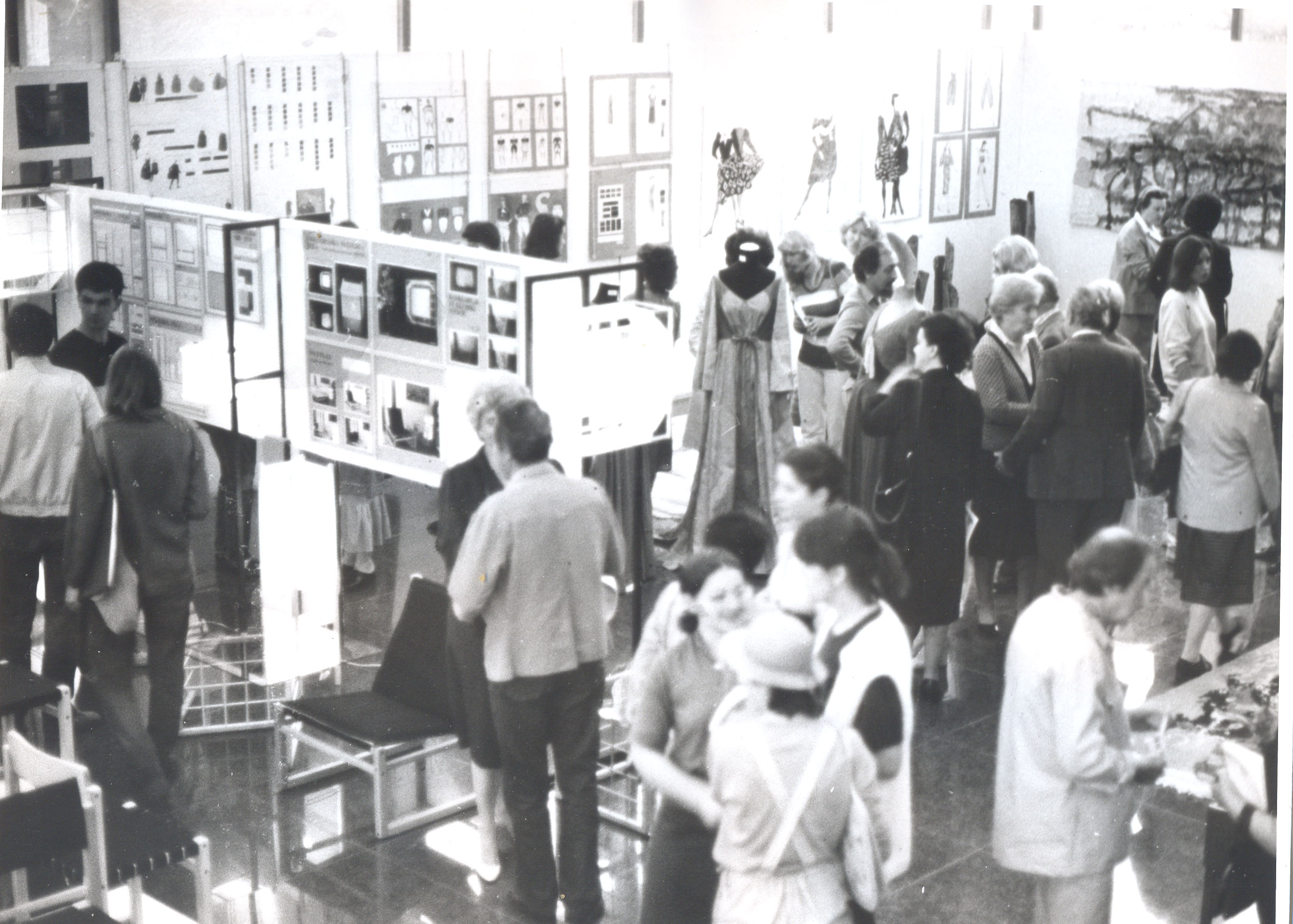 Izložba u DKSG-u osamdesetih godina