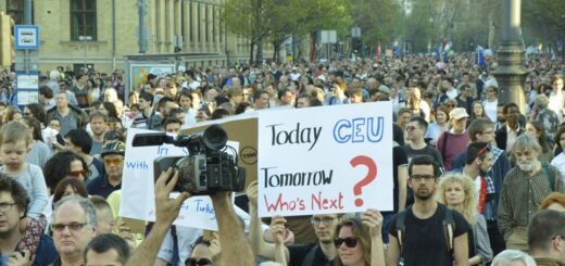 Foto: I Stand With CEU / Facebook