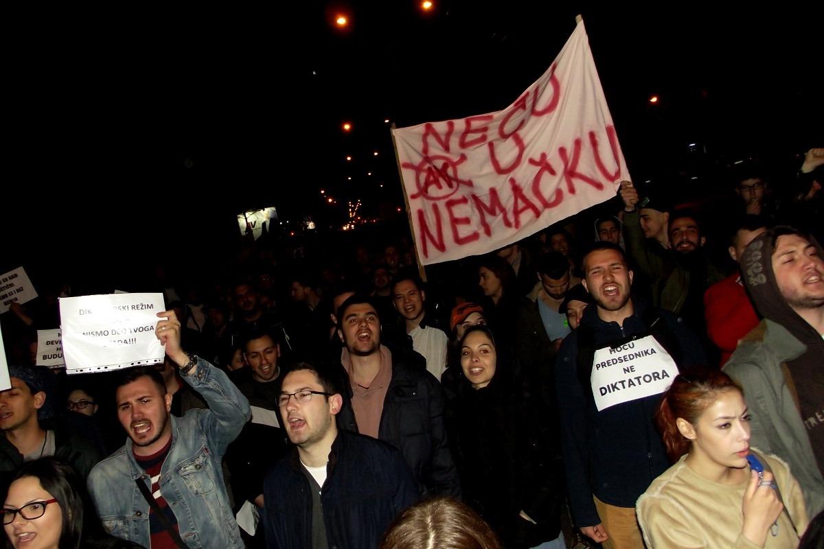 Protest u Nišu. Foto: Robert Kasumović