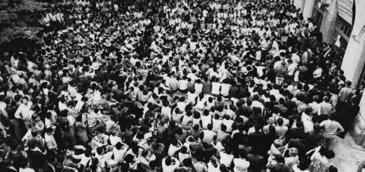 Studenti u zgradi Rektorata u Beogradu 1968. godine