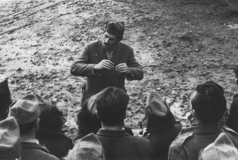 Partizanski hor vežba na oslobođenom području u Hrvatskoj, 1944. godine
