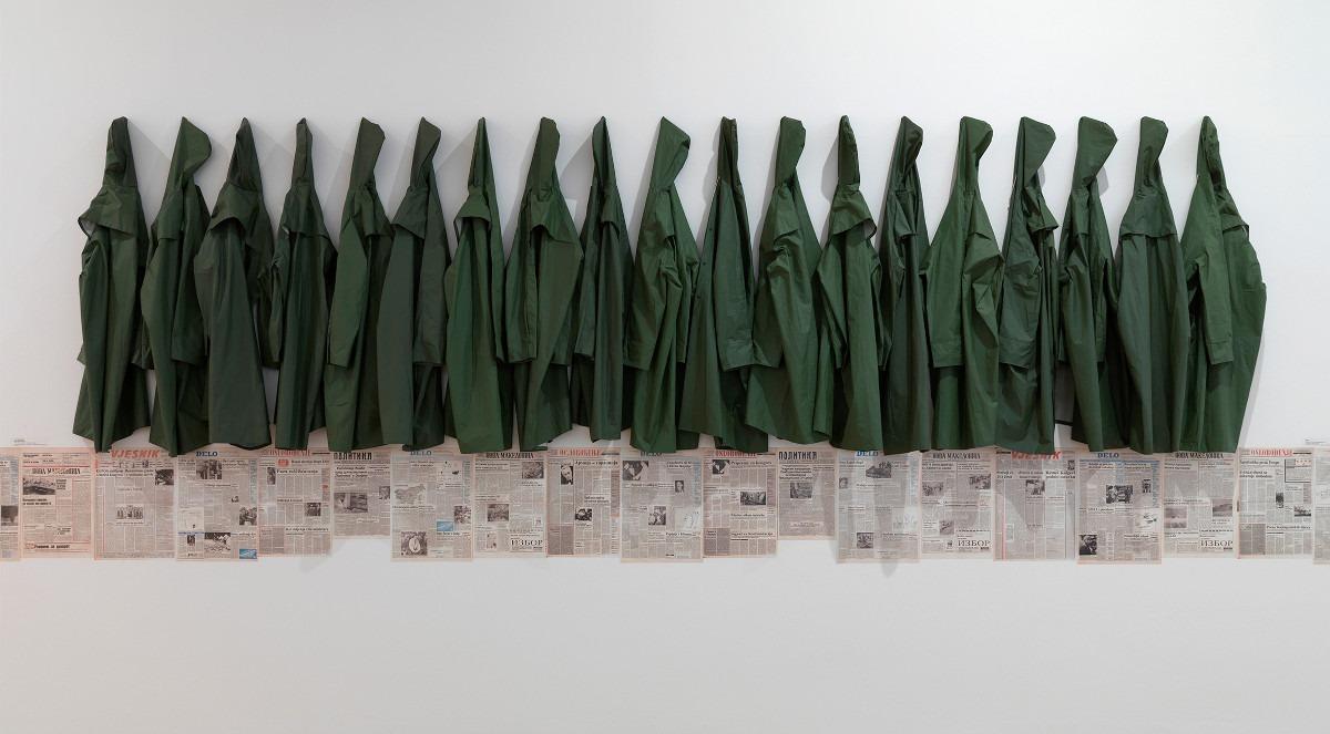 Jusuf Hadžifejzović: Arbeit Macht Frei, 1989; Sa izložbe: Heritage 1989. A Study Case: The Second Yugoslav Documents Exhibition, 2017, Moderna galerija; Foto: Matija Pavlovec