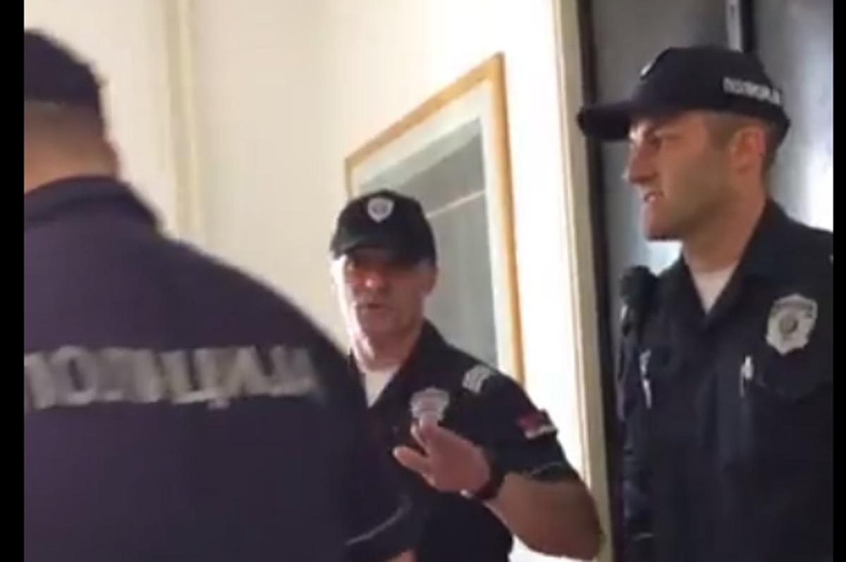 Policija u Sekretarijatu; Isečak iz videa NKSS-a