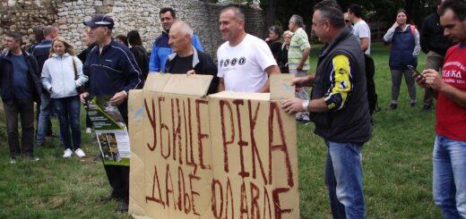 Protest protiv izgradnje mini hidroelektrana; Foto: Robert Kasumović / Mašina