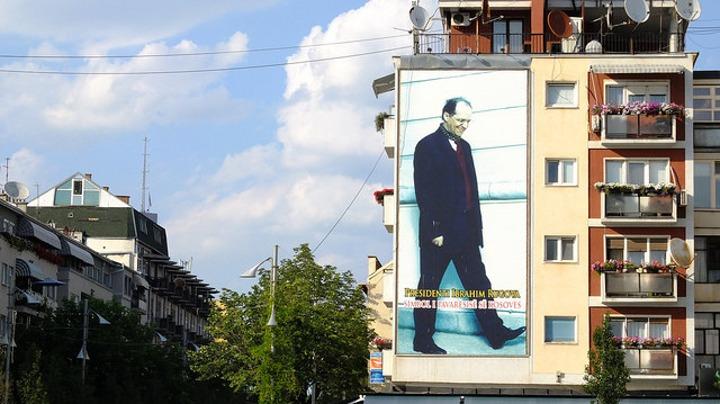 Trg Ibrahima Rugove u Prištini; Foto: marguerite / Flickr