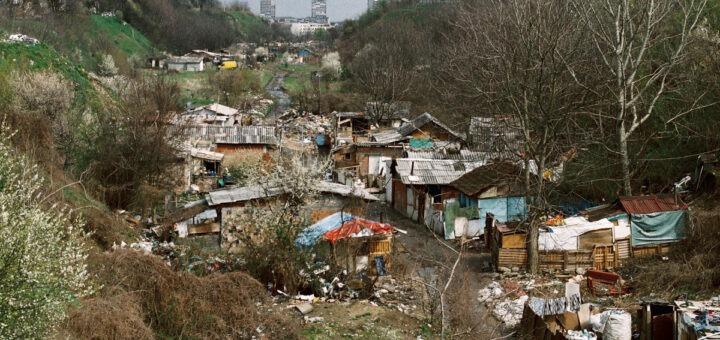 Romsko naselje u Zemunu; Foto: Marko Miletić / Mašina