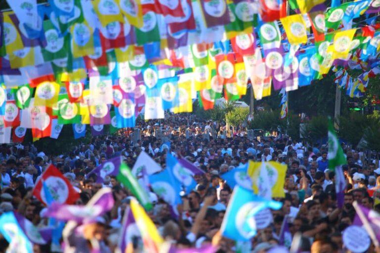 masa na demonstracijama Narodne demokratske partije u Turskoj