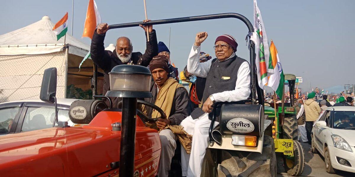 indija_parada-traktora-1200x600.jpg